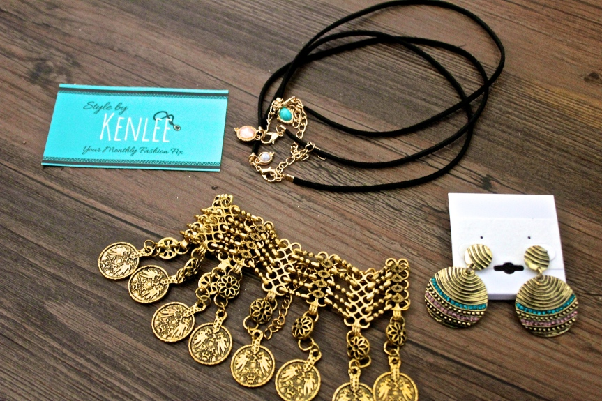 Style by Kenlee – Trendy Accessories Every Month