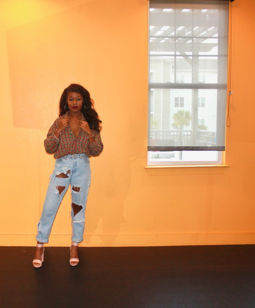 Mom Jeans & ChunkyHeels